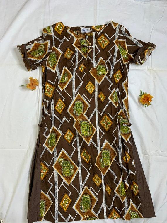 Women's Vintage Tiki Hawaiian Dress