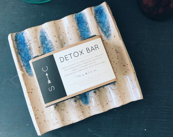 Handmade Ceramic Soap Dish & Detox Bar Gift Set