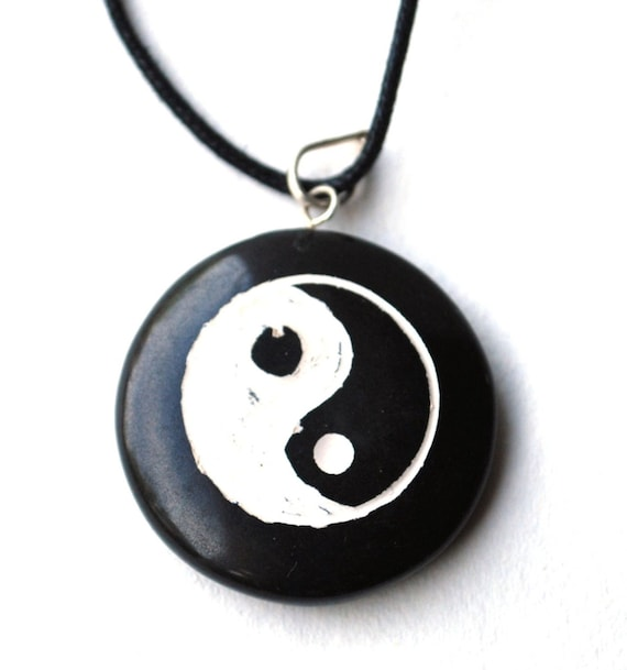 Genuine Black Agate /& White Mother of Pearl Yin Yang Sterling Silver Pendant