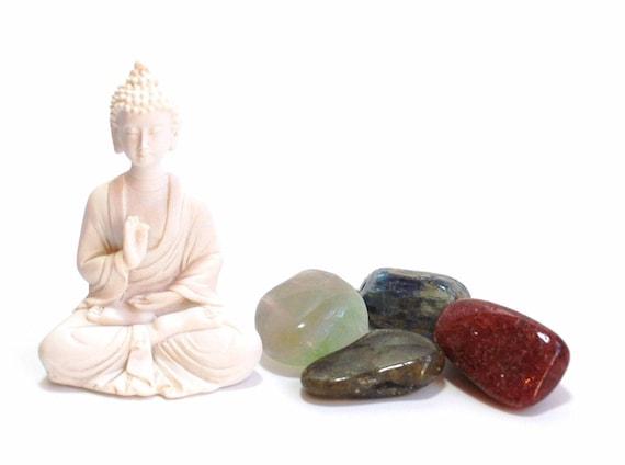 1 x tumble stone Opalite buddha carving organza bag
