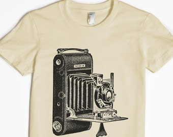 Women's Shirt - Photography T-shirt - Camera Tshirt - graphic t shirt - photographer gift - vintage camera