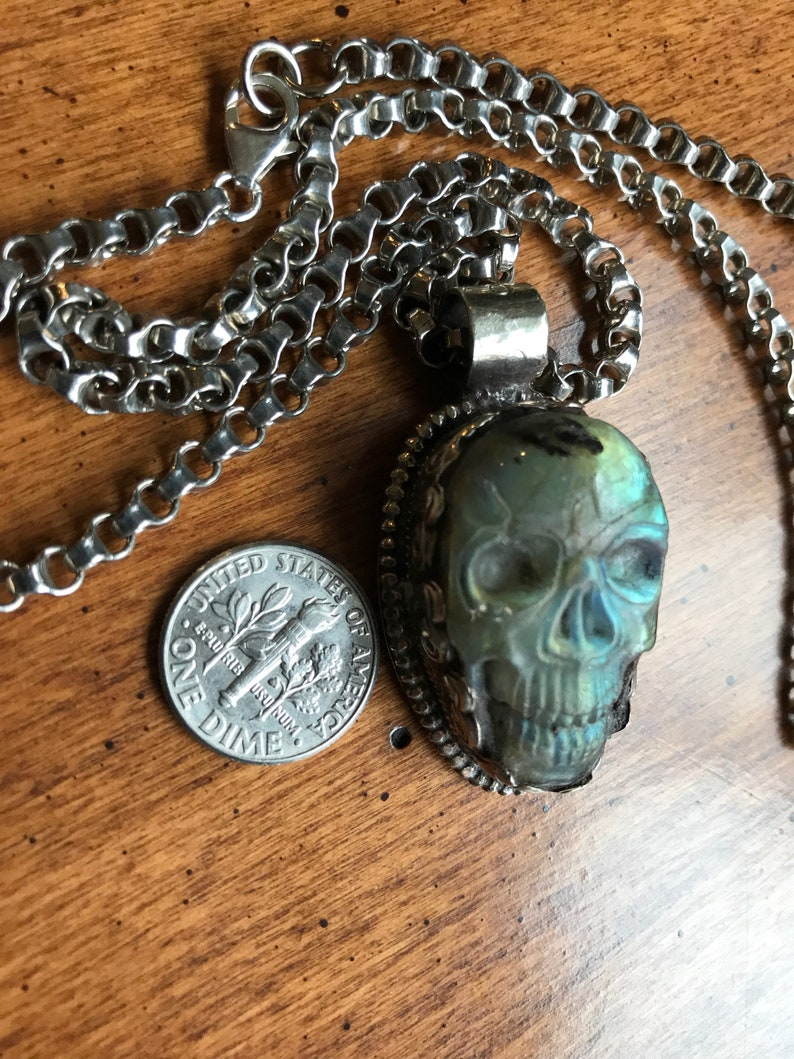 Carved Labradorite Skull on 20 chunky chain.