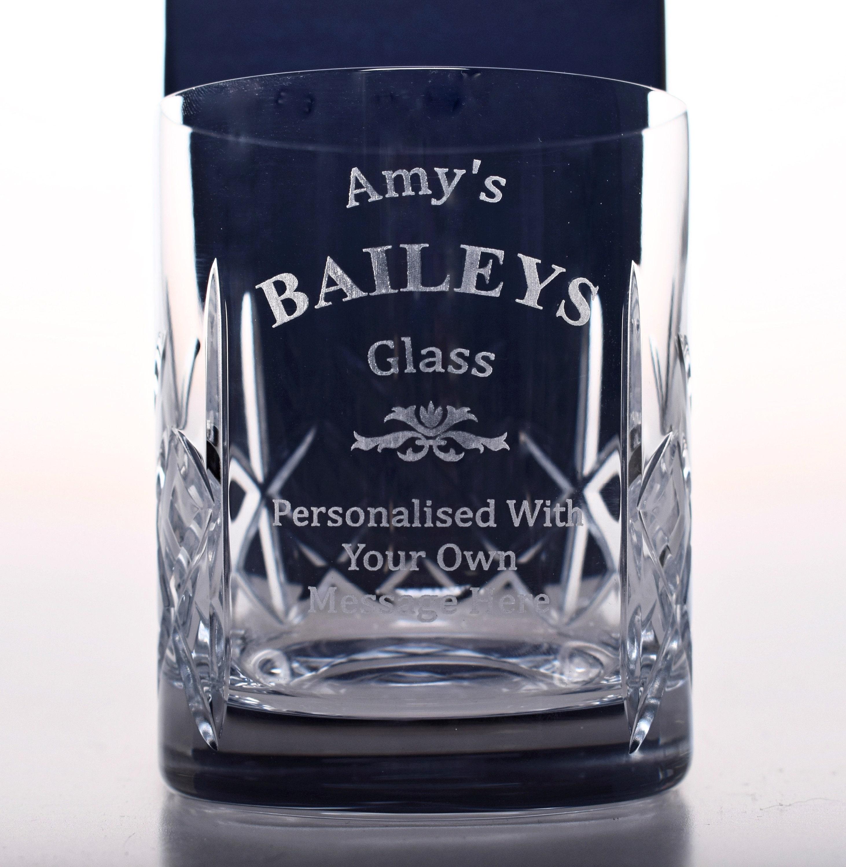 grav personnalis baileys gobelet cristal verre cadeau. Black Bedroom Furniture Sets. Home Design Ideas