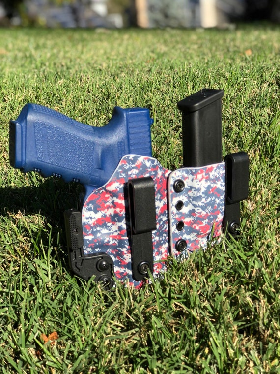 Patriot Camo - IWB Kydex Holster With Mag Carrier and Modwing - Glock 19/17/26