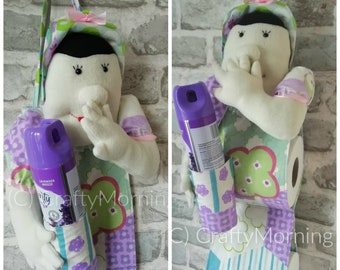 PDF DOWNLOADABLE PATTERN: Funny Lady Holding Nose Toilet Paper Roll & Air Freshener Holder