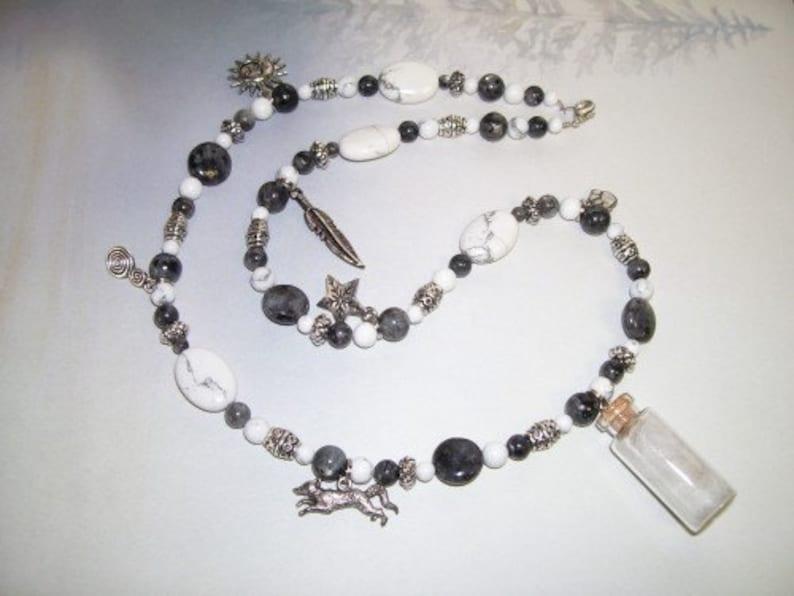 Fox Necklace - Fox Jewelry - Arctic Fox - Howlite Necklace - Labradorite  Necklace - Larvikite Necklace - Arctic Fox Fur - Cruelty-free Fur