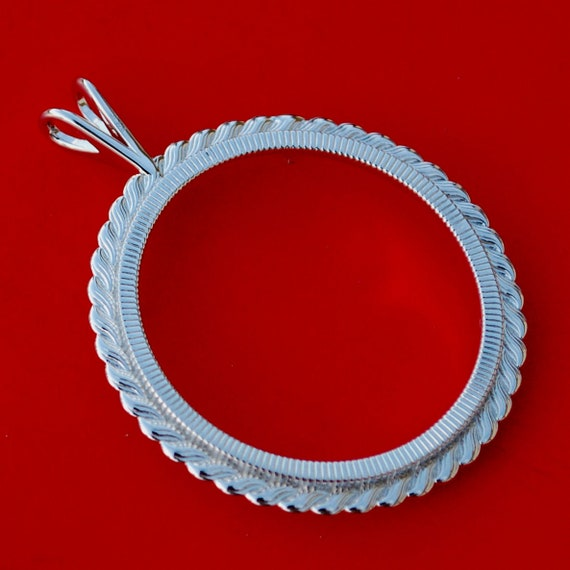 1//25 Isle of Man Cat Sterling Silver Rope Coin Bezel Frame Mount Pendant