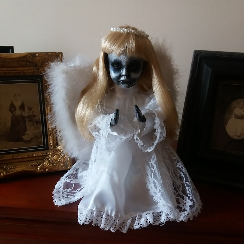 OOAK-Gothic-Zombie-Undead-Vampire-Creepy-Hand-Painted-Porcelain-Doll-Angel