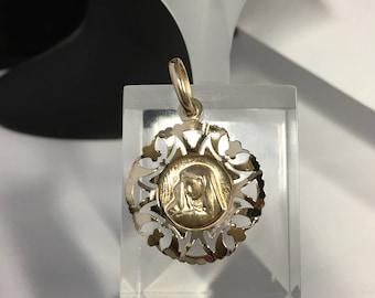 Virgin Mary Pendant 10k Gold NADENE,Madonna Pendant Yellow Gold Vintage Religious Pendant Our Lady of Lourdes Pendant