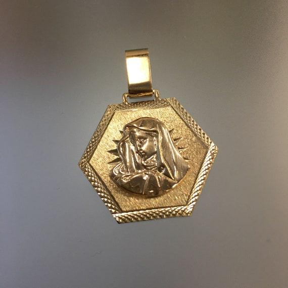 Vintage Gold Virgin Mary Pendant 10k Madonna Pendant Religious Pendant Religious Jewellery Octagonal Shaped Madonna Pendant