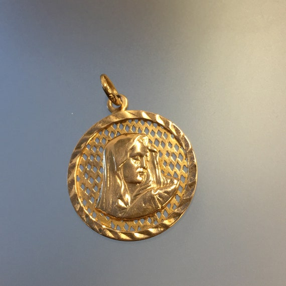 Gold Virgin Mary Pendant 18k Yellow Gold, Weeping