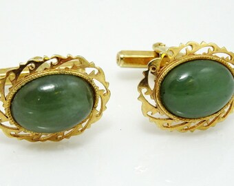 Green Cufflinks Vintage Oval Delicate Frame Beautiful!