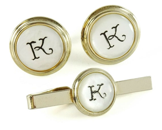 Vintage  W  or  M  monogram cuff links and tie bar clip set by Hickock with original Windsor Initial box 1960s