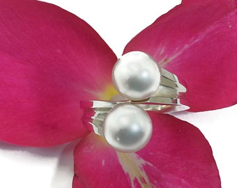Two 10mm AA South Sea pearls, in solid sterling silver. This ring can also be made with freshwater pearl (black or white) or tahitian pearls