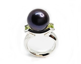 Black Pearl 13.5-14mm freshwater black (dyed)  set in  stg silver with choice of Peridot, Swarovski CZ, Topaz, Citrine, Amethyst, or Garnet