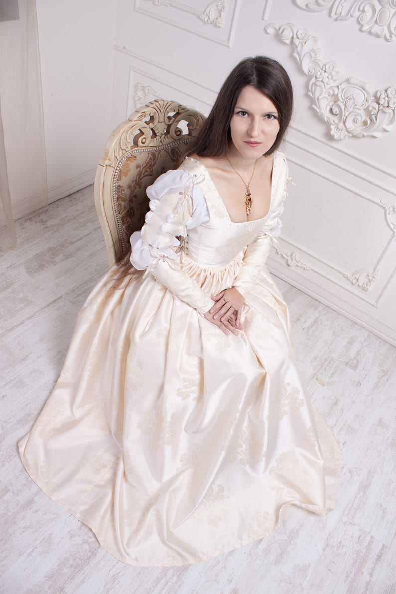 Renaissance Wedding Dress.Renaissance Wedding Dress Ivory 15th Century Italian Gown