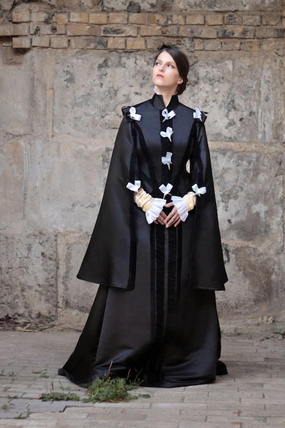 Renaissance Black Dress 16th Century Spanish Fashion Etsy