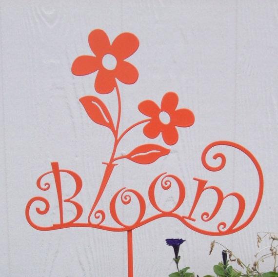 metal sign bloom on a stick, metal garden art, garden decor, metal garden sign, garden art, flowers, bloom sign