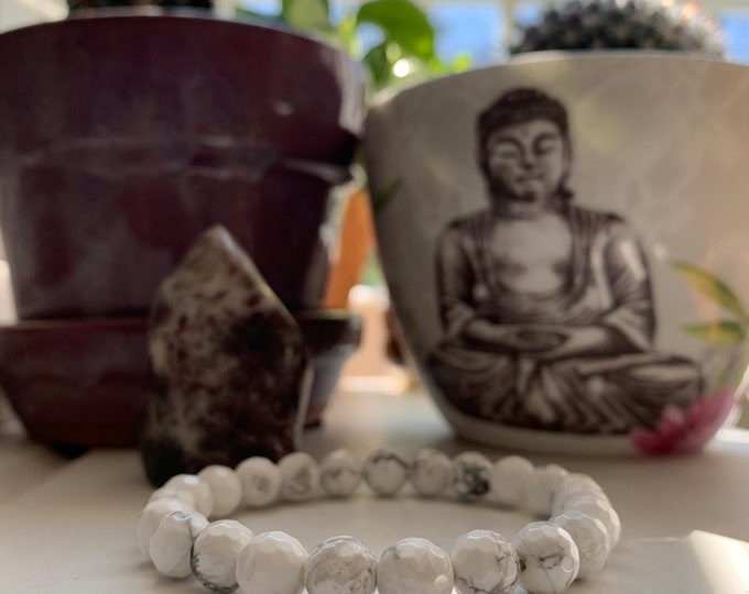 Faceted White Howlite Bracelet | 8 mm | Spiritual Junkies | Yoga + Meditation | Stackable Mala Bracelet