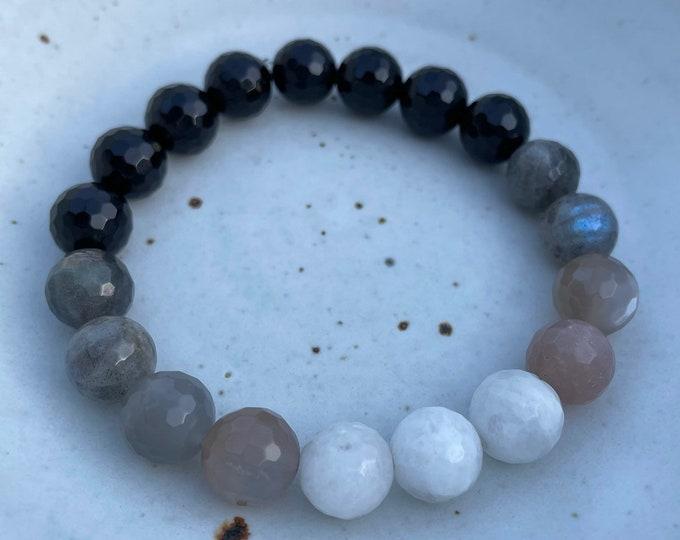 Moonchild Bracelet | Chunky Onyx, Labradorite, Grey Moonstone + Moonstone Ombré | 10 mm | Spiritual Junkies | Yoga + Meditation | Mala Beads