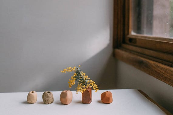 Set of Tiny Bud Vases in Earthenware, Terracotta and Timber