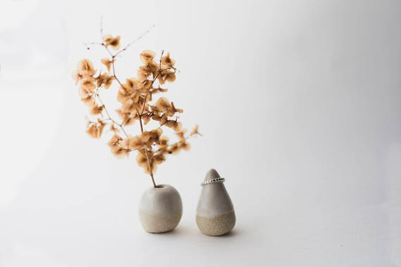 Stoneware Vase & Ring Cone Pair in Cream Dip