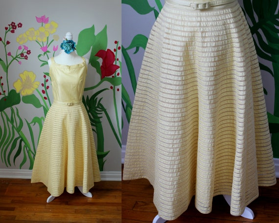 Daisy Dress // Vintage 1950's Buttery Yellow Cott… - image 1