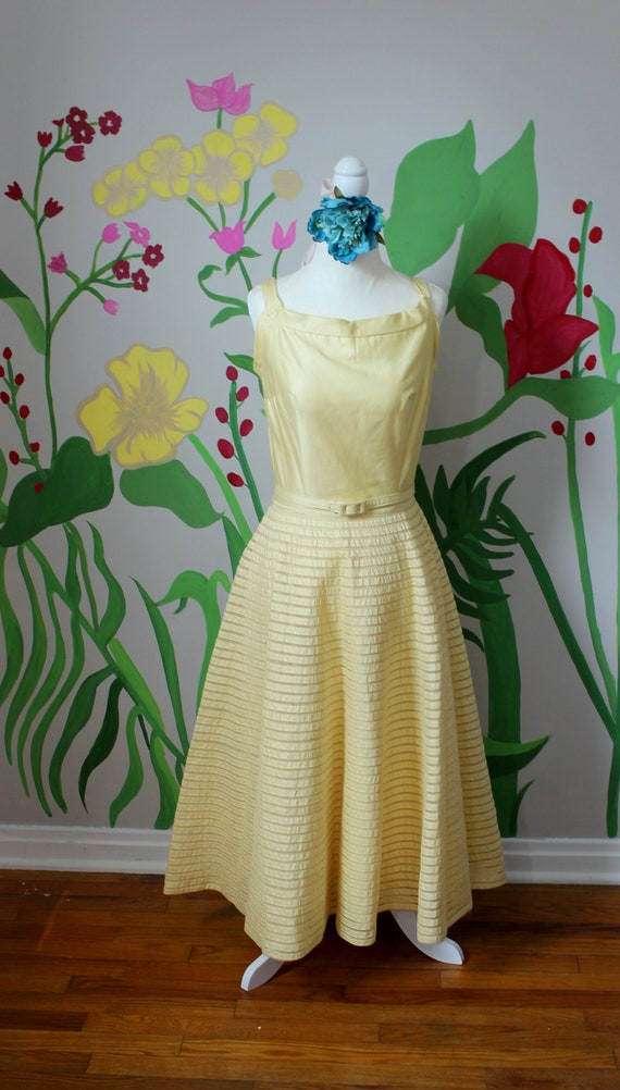 Daisy Dress // Vintage 1950's Buttery Yellow Cott… - image 10
