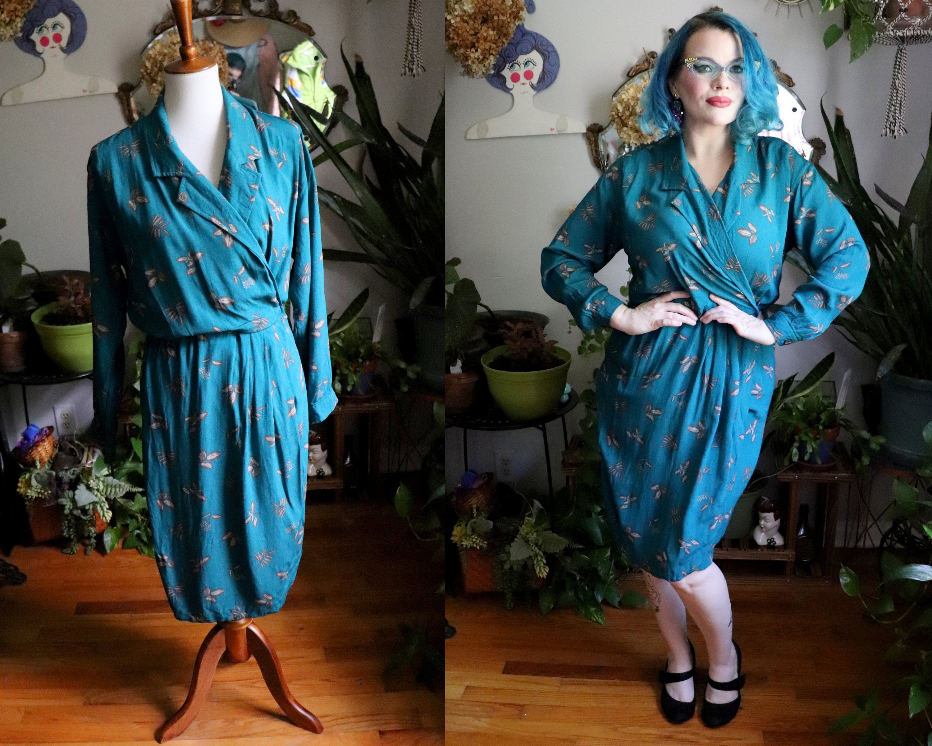 80s Dresses | Casual to Party Dresses Leeann Dress  Vintage 1980s Does 1940s Teal Wrap Style With Herb Print By Liz Claiborne Xs-S $46.80 AT vintagedancer.com
