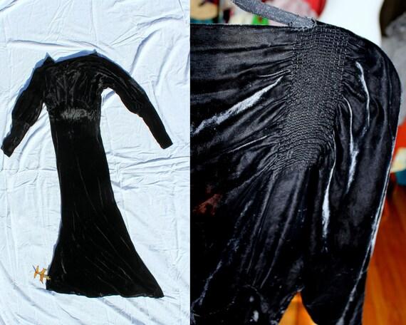 Avaline Dress // Vintage 1930's Jet Black Silk Vel