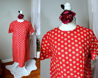 Mimi Dress // Vintage 1960's Vibrant and Fun Red A-line Dress with Yellow and White Daisy Print // Handmade Women's Cotton Dress Size XL