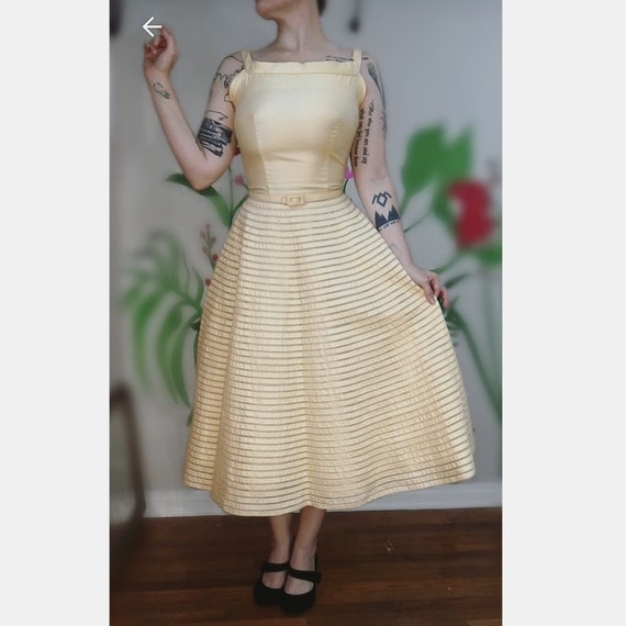 Daisy Dress // Vintage 1950's Buttery Yellow Cott… - image 2