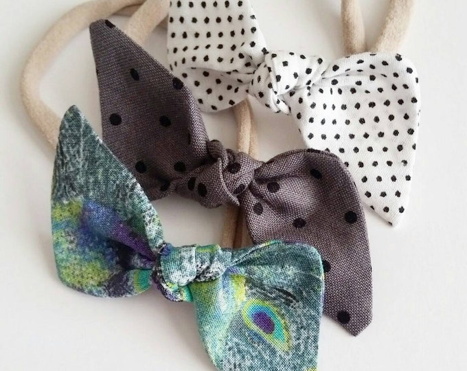 Featured listing image: Nylon headbands set {Peacock} baby bows, bow sets