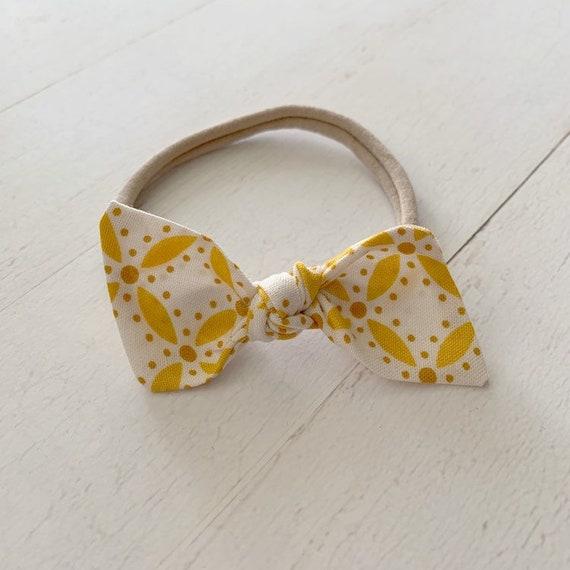 Baby headband- nylon headbands- newborn bows- hair clip {Marigold}