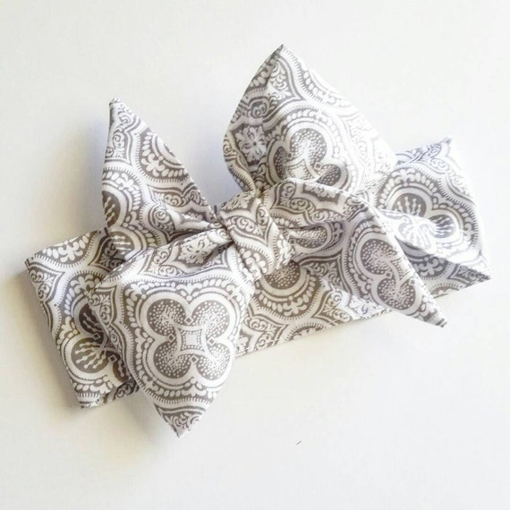 Head wrap, {Gray Damask} baby bows, hair accessories, infant headwrap, toddler headwrap, baby belts