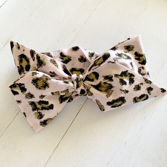Baby bow headwrap {Pink Cheetah} baby hair bows - baby headbands - newborn headbands - baby girl clothing
