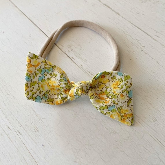 Bitsy knot bow {Lemon Floral} hair bows, baby nylon headbands