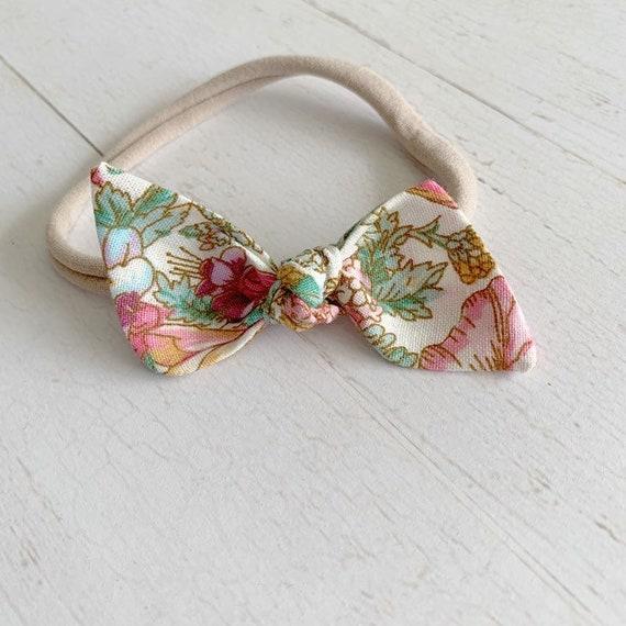 Baby headband- nylon headbands- newborn bows- hair clip {Evie}