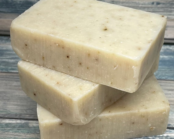 LAVENDER Spa Series Soap Born Wild Bar Herbal Essential Oils All Natural and Organic Ingredients 4 oz Dixie Cowboy