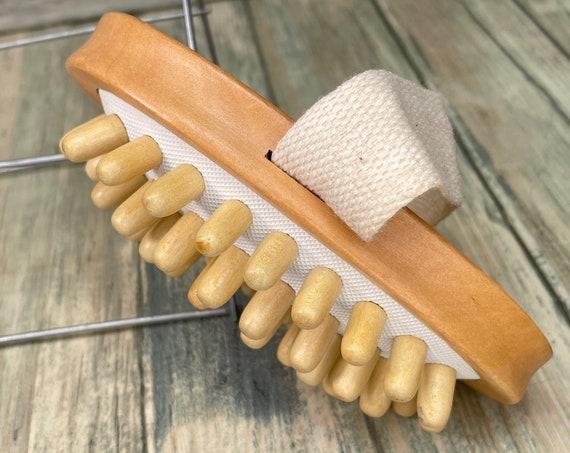 "USA Made Wood Nodules Body Shower 5"" Body Massager SCRUB Brush Exfoliating Massaging Bath Dry Skin Brushing Wood Dixie Cowboy E33"