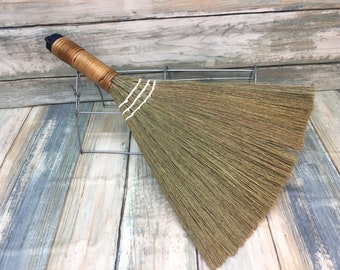 USA Made Handmade SILVERGRASS Miscanthus Rattan Whisk Car Garage Broom Corner Hand Brush Cleaning Kitchen Eco Friendly Dixie Cowboy C6