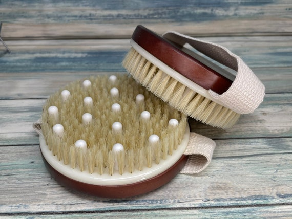"""USA Made BOAR Hair Mahogany Stained Wood Body 4.5"""" Round Scrub scrubber Brush Massager Bath Dry Skin Shower Brushing Bristle Dixie Cowboy"""