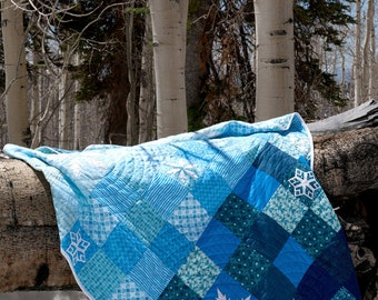 Frozen - modern paper pieced snowflake quilt pattern