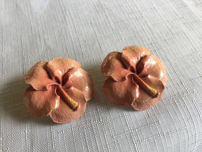 Pink Flower Earring,Pink Clip On,Retro Pink Earring,Retro Tropical Clip,Pale Pink Earring,Pink Earring,Hawaii Earring,Tropical Earring