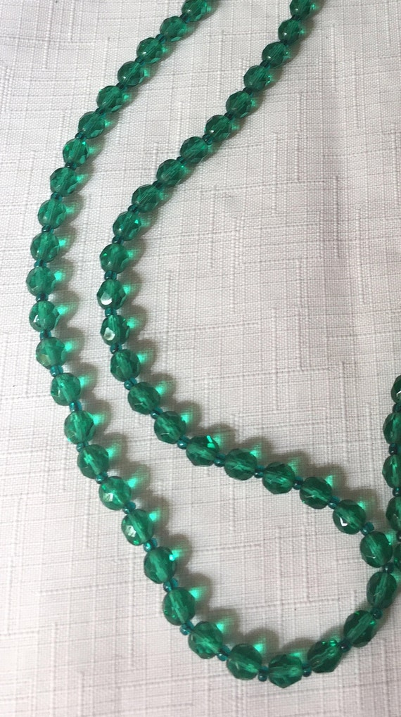 Green Necklace,Green Glass Necklace,Green Bead Nec