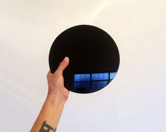 """Large Obsidian Scrying Mirror - 7.2"""" / 18cm - Tezcatlipoca - Smoking Mirror - With black stand"""