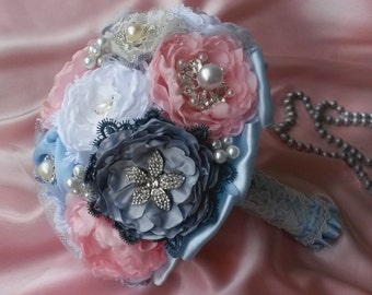 "Brooch bouquet ""Shebi-Chic"""