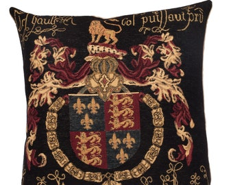 British Coat of Arms Pillow Cover  - English Decor - King Edward Crest Cushion Cover - Gobelin Throw Pillow - Medieval Gift