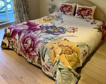 Tapestry Bedspread Fiori - Bed Coverlet and Shams - Tapestry Bed Throw - Sofa Throw - Sofa Coverlet - Tapestry Throw Blanket