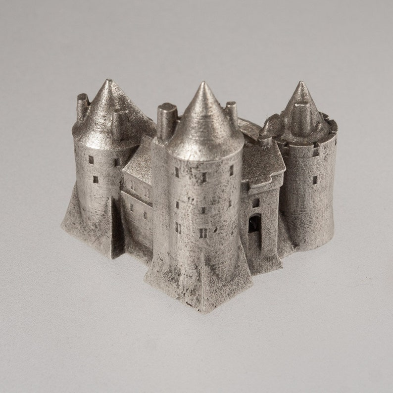 Coch castle historical architecture scale model 1:1000 Welsh image 0